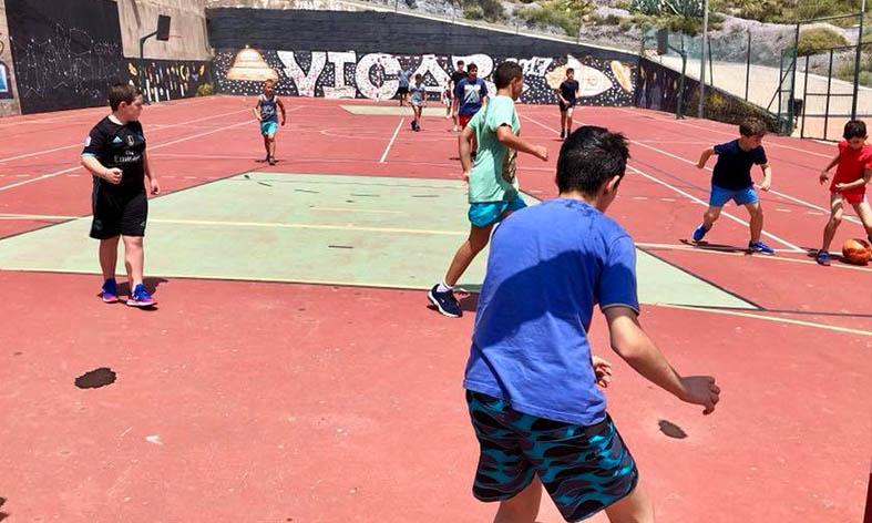 Vícar vive un Campus Deportivo Bilingüe durante todo el verano