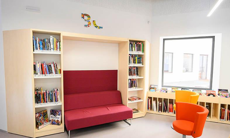 La Biblioteca José María Artero abre con 10.000 libros